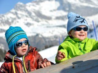 Frühling ski :  Kinder kostenlos