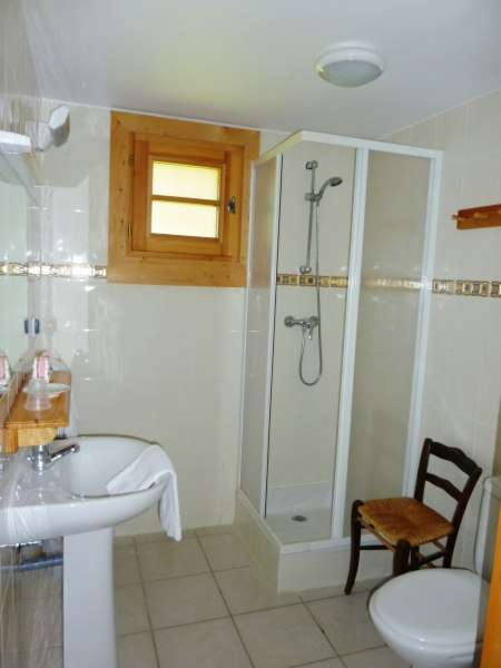 le-grand-bornand-gite-isalou-salle-de-bains-ch-3-113