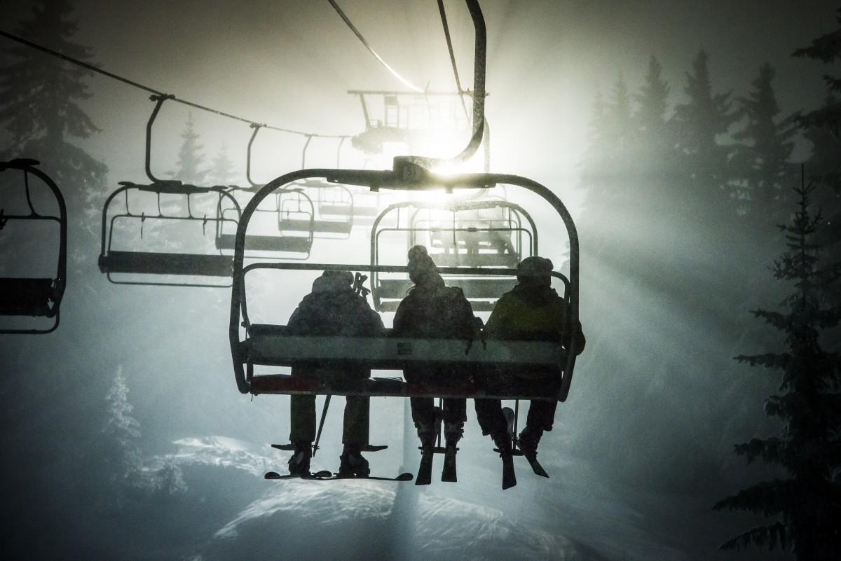 2016-050-a-ski-nocturne-david-machet-h16-aravis-201937