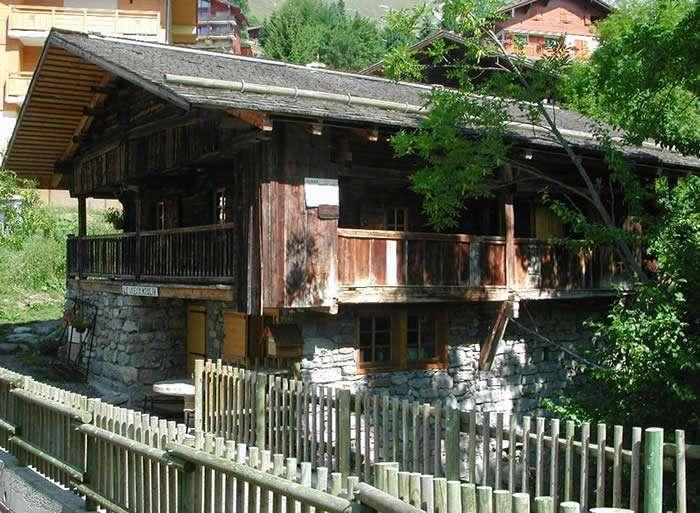 Chalet grand-bornand chinaillon le vieux moulin location vacances