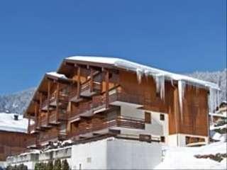 le-grand-bornand-residence-le-cornillon-b-hiver-2431