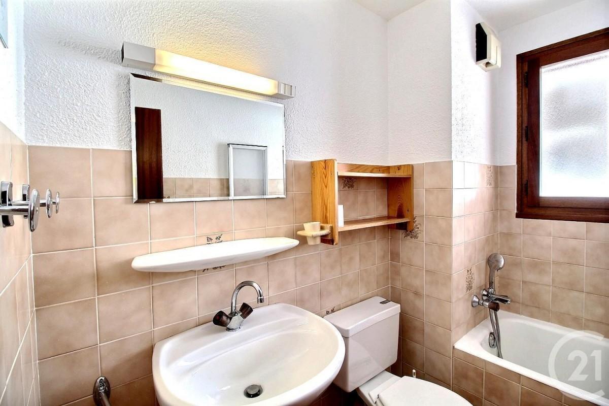 salle-de-bain-231940