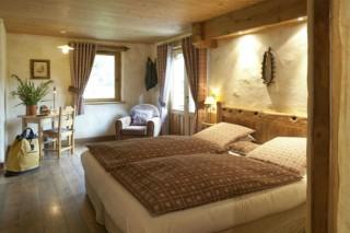 Room 122404-357936
