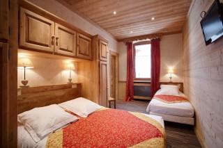 Room 181085-493891