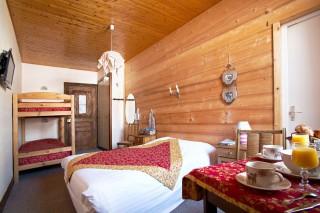 Room 181086-493894