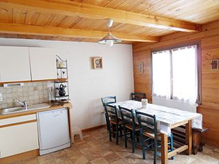 location ski montagne appartement dans chalet - la cha bleu 3 pieces