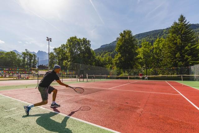 1920x1440-141933-tennis-ot-le-grand-bornand-alpcat-medias-8m9a1404-143237