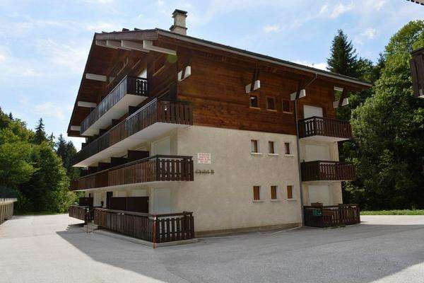 location appartement castel des neiges grand-bornand chinaillon