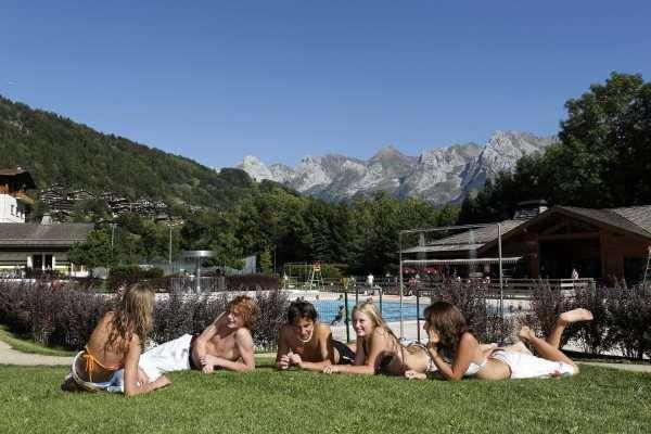 piscine-montagne-legrandbornand-5-11945
